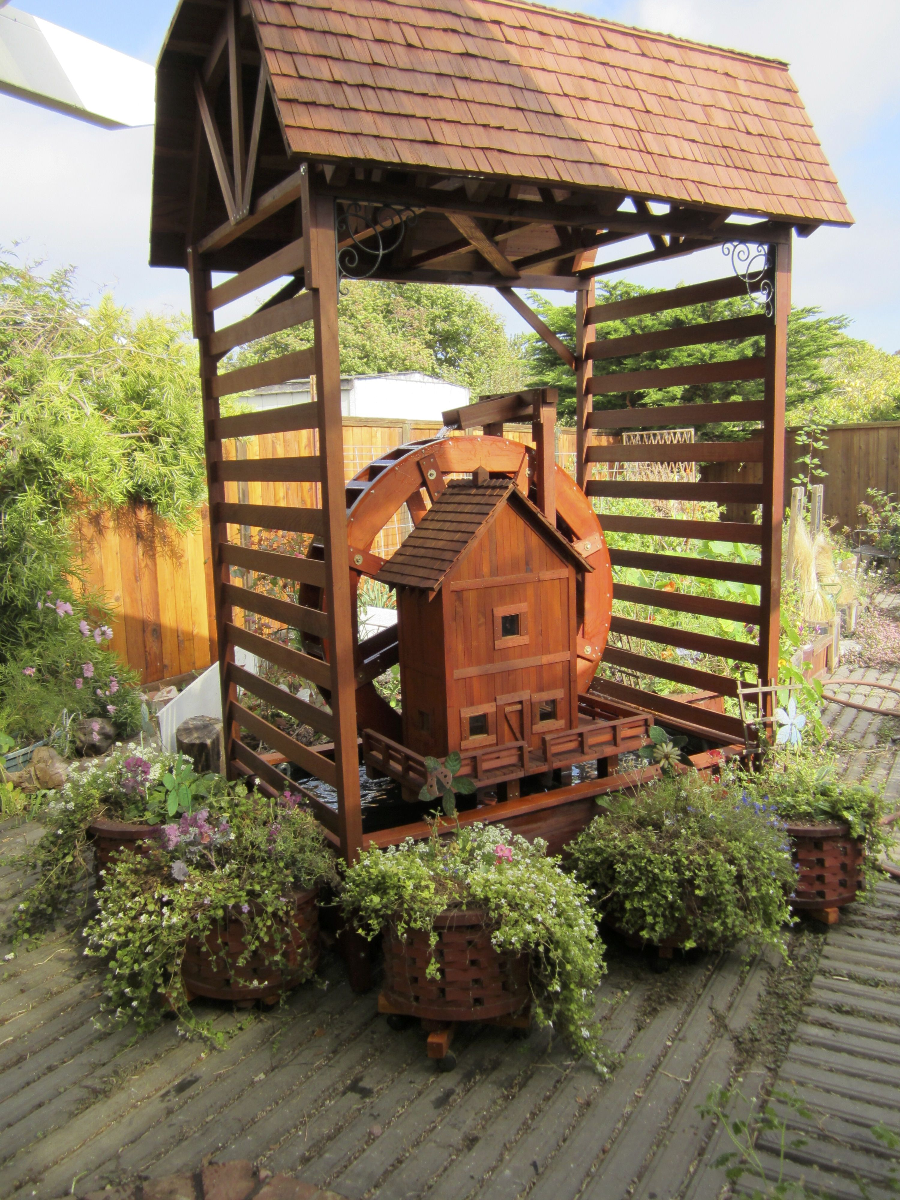 Water Wheel With Pump House   Self Contained For Garden