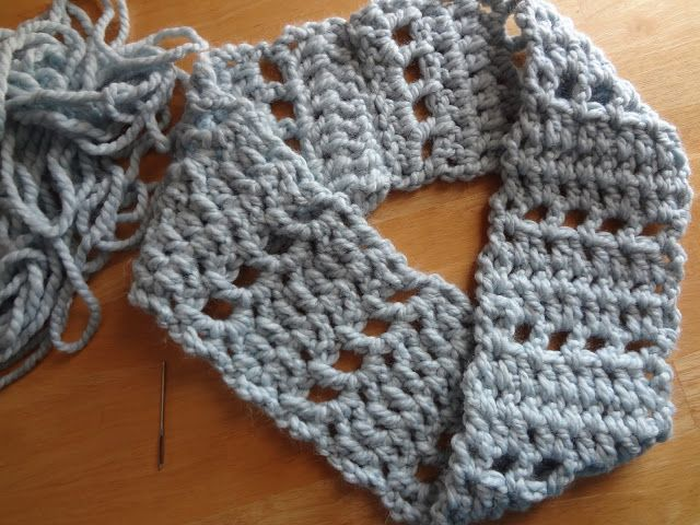 Mobius How To...add a fun twist to any scarf or cowl...super easy ...