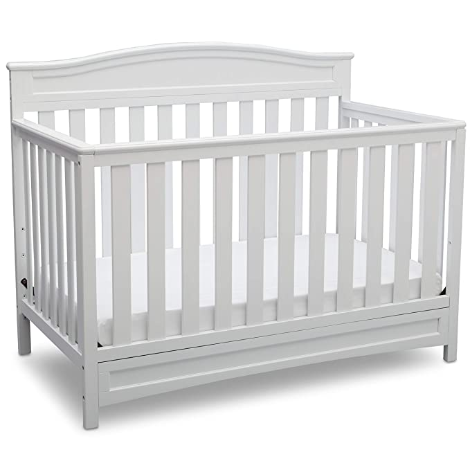 Amazon Com Delta Children Emery 4 In 1 Convertible Baby Crib White Baby In 2020 Baby Cribs Convertible White Baby Cribs Best Baby Cribs