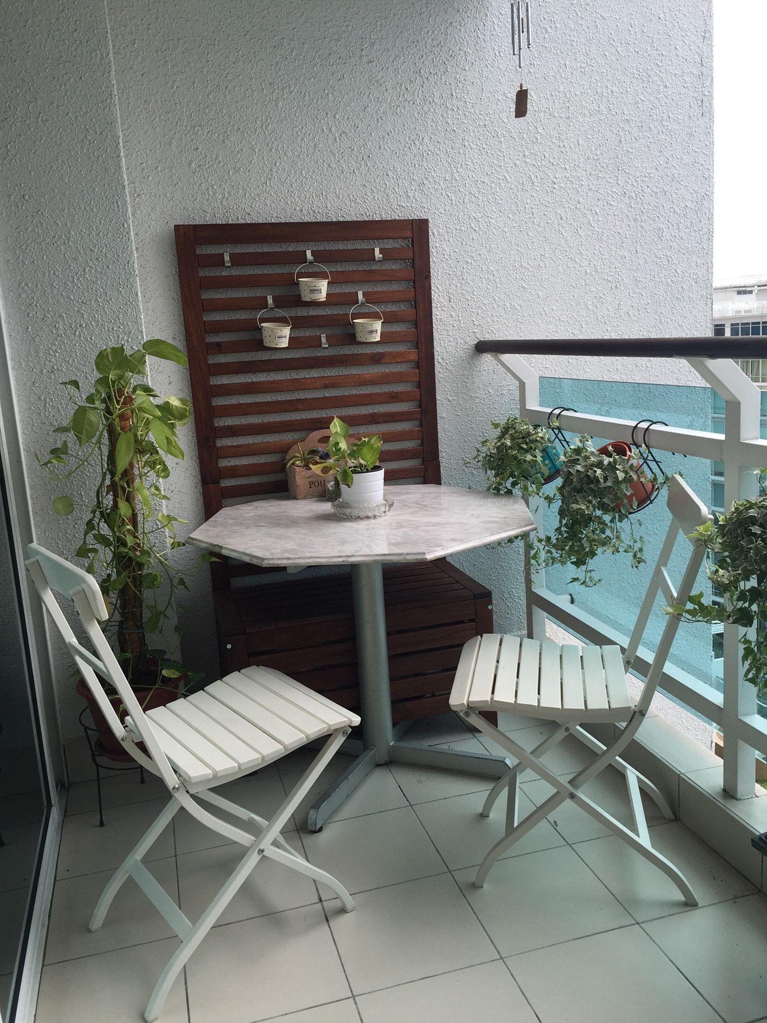 IKEA Applaro bench and wall panel and IKEA Malaro chairs