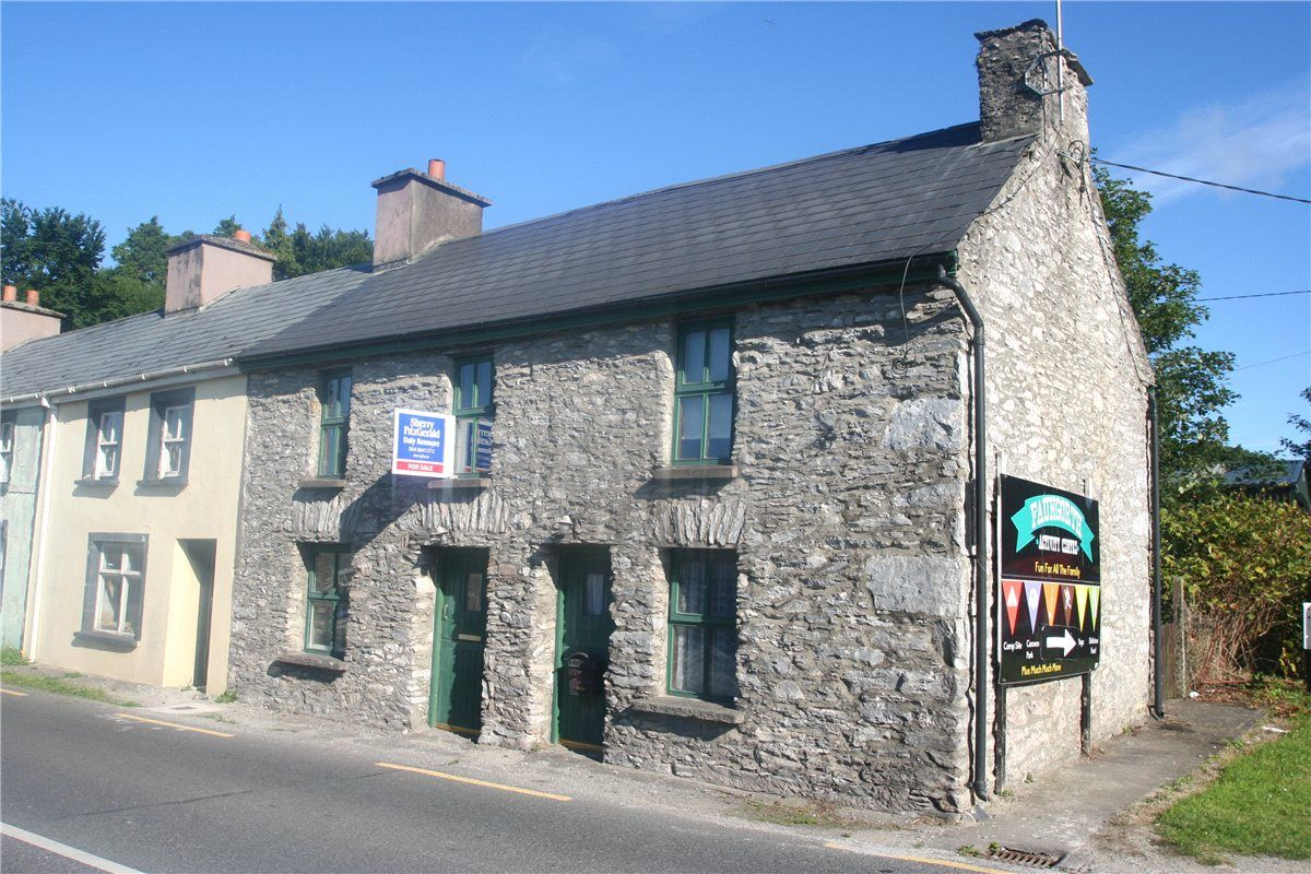 The Cross Roads, Gortagass, Kenmare, Co Kerry Sherry