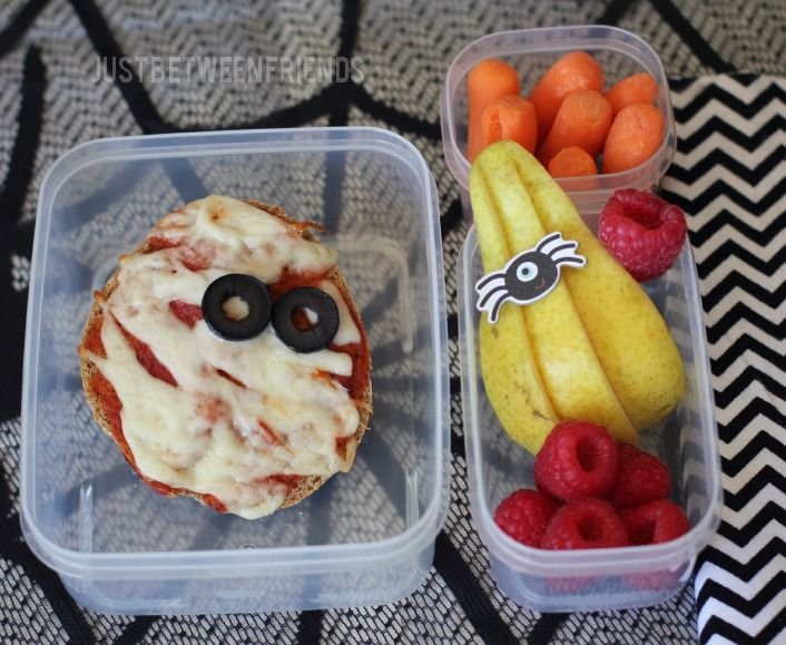 Just Between Friends: Mummy Pizzas | Healthy Lunches #Halloween #Kids