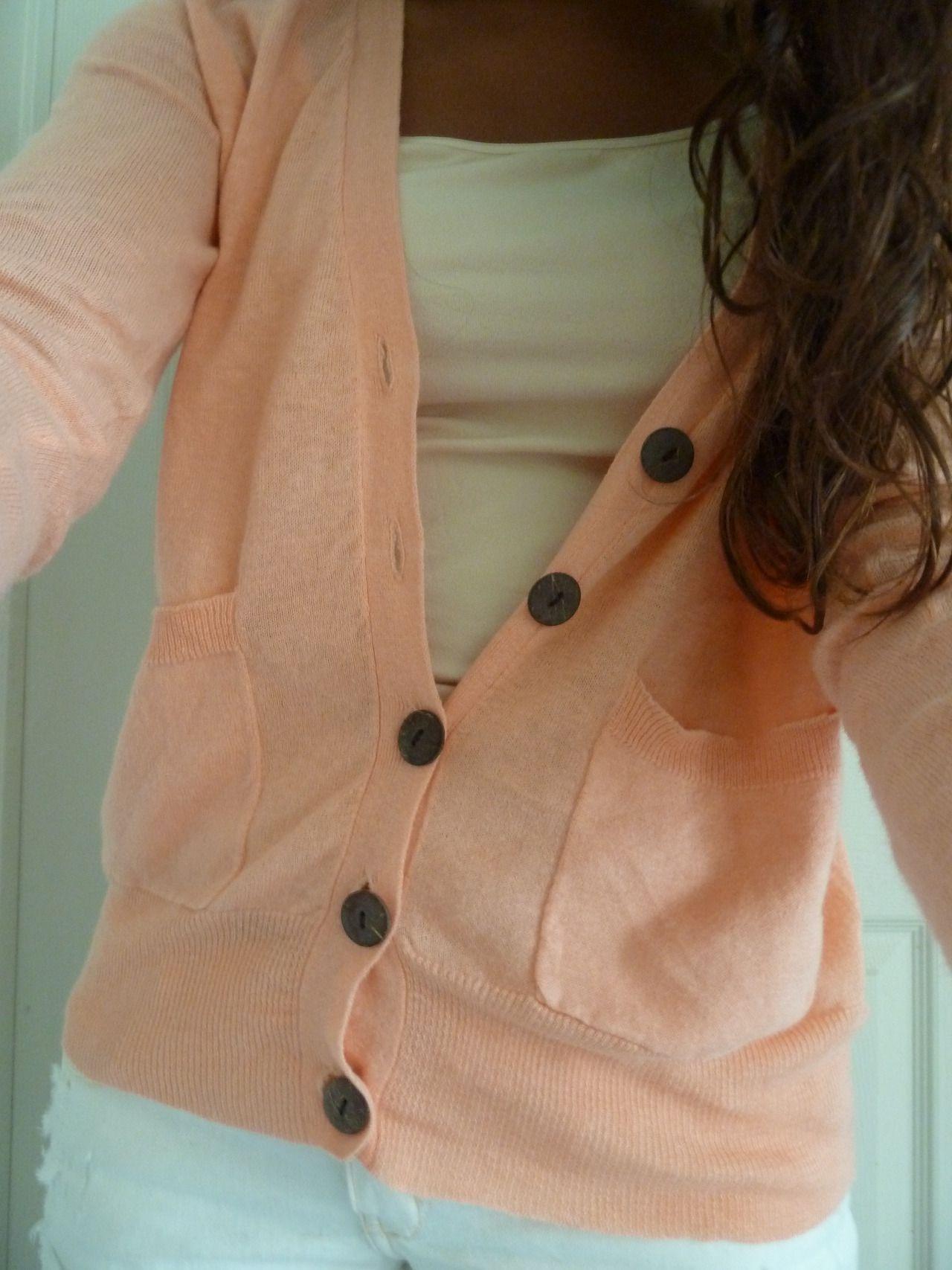 Cozy light pink cardigan...want!