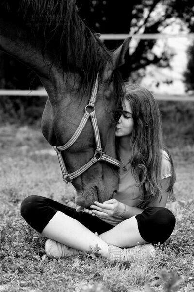 Картинки по запросу фотосессия с лошадьми летом