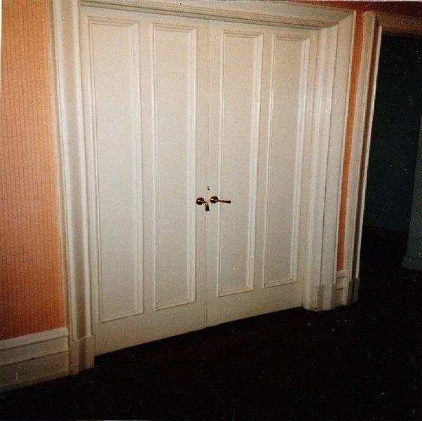 Nyc Custom Interior Room Doors Bi Fold Sliding Hinged Pivot French Mirrored Pocket New York Ci Interior Doors For Sale Doors Interior Bathroom Interior Design