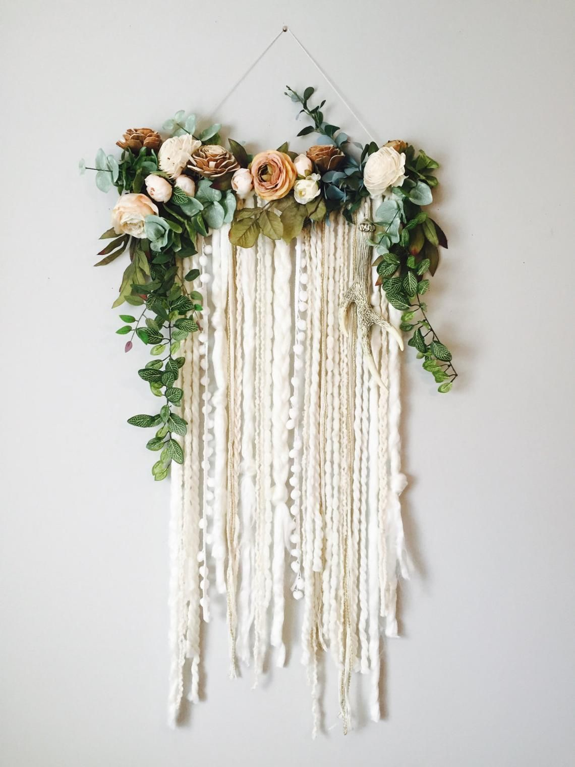 Wall Hanging Floral Wall Hanging Flower Wall Art Large Wall Hanging Modern Wall Hanging Flower Wal In 2020 Hanging Flower Wall Flower Wall Decor Yarn Wall Hanging