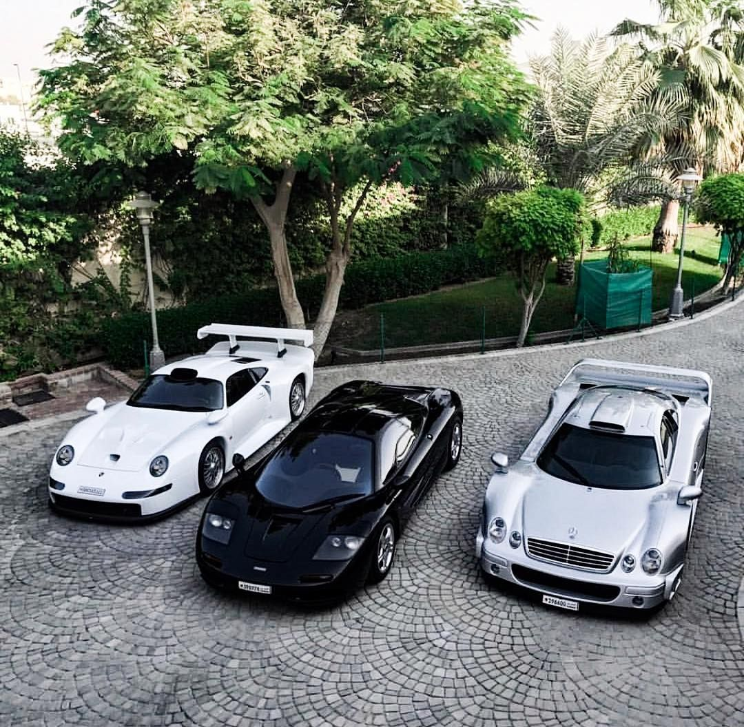 So that's a sort of tough choice😎 ⚪️⚫️⬜️🤔 TheBerbant