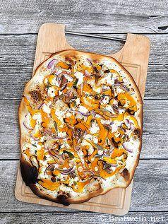 Flammkuchen mit Kürbis, Feta und Walnuss – Brotwein