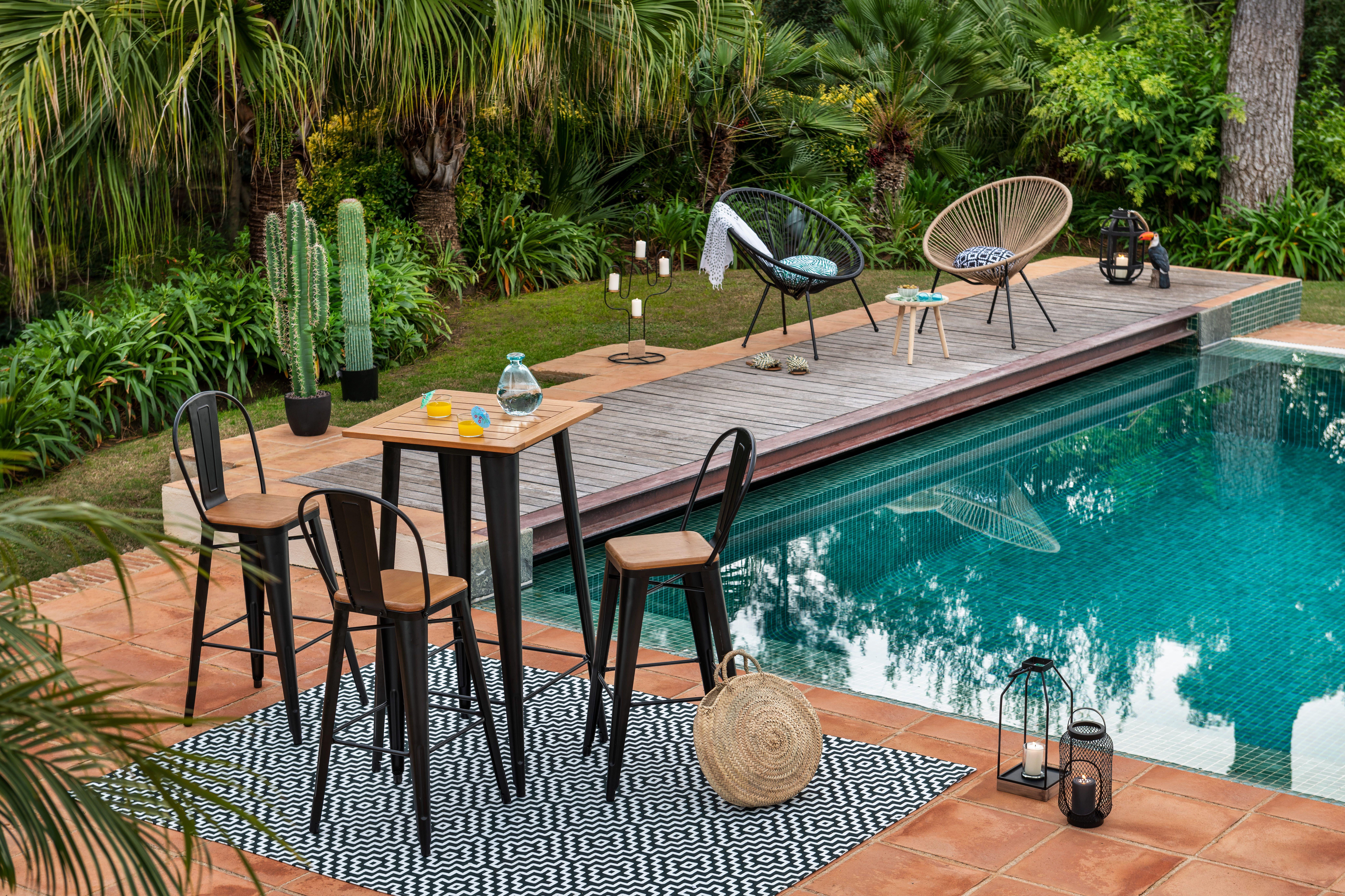 Chaise Et Banc De Jardin Chaise De Jardin Mobilier Jardin Tapis Jardin