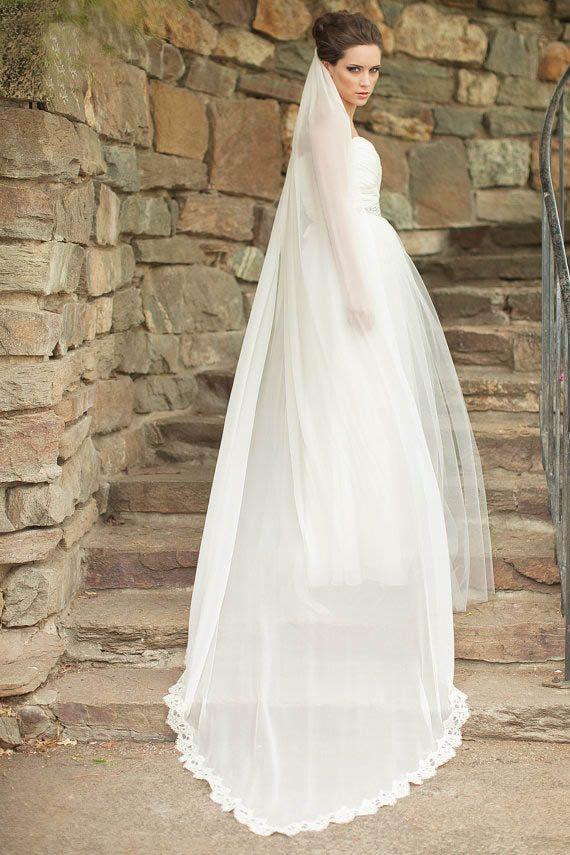 One Tier Chapel Length Plain Tulle Lace Edge Embellished Bridal Veil Embellished Bridal Veil Wedding Veils Short Beautiful Wedding Gowns