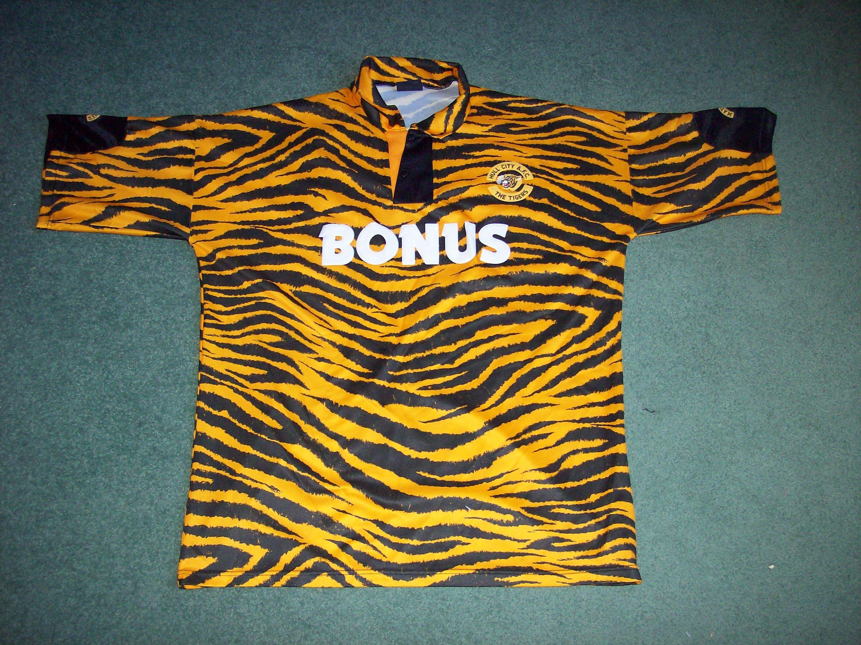 1992 1993 Hull City Tiger Print Football Shirt Top Adults XXL 46 48 ... c06d8cb3a