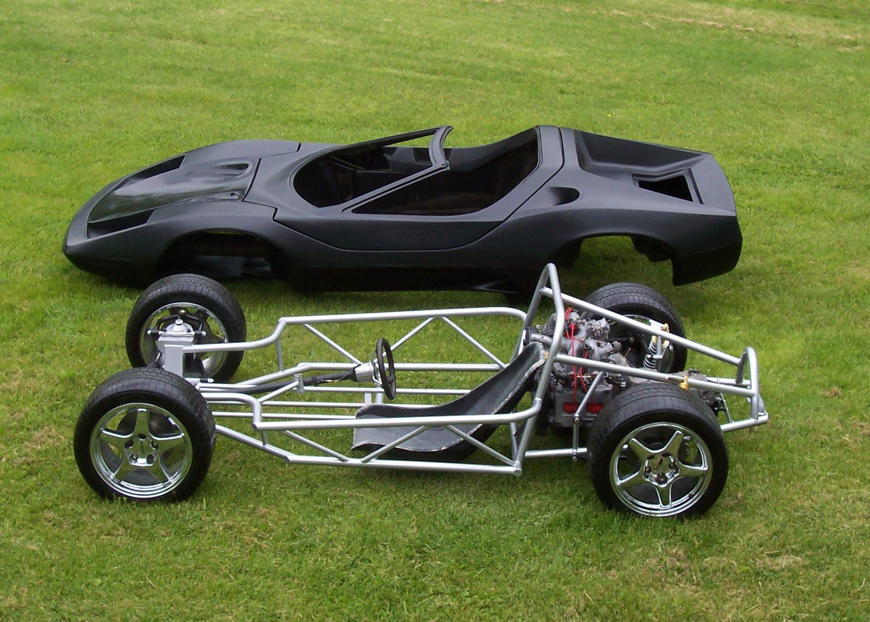 Plastic Model Cars / Trucks / Vehicles - HobbyLinc.com