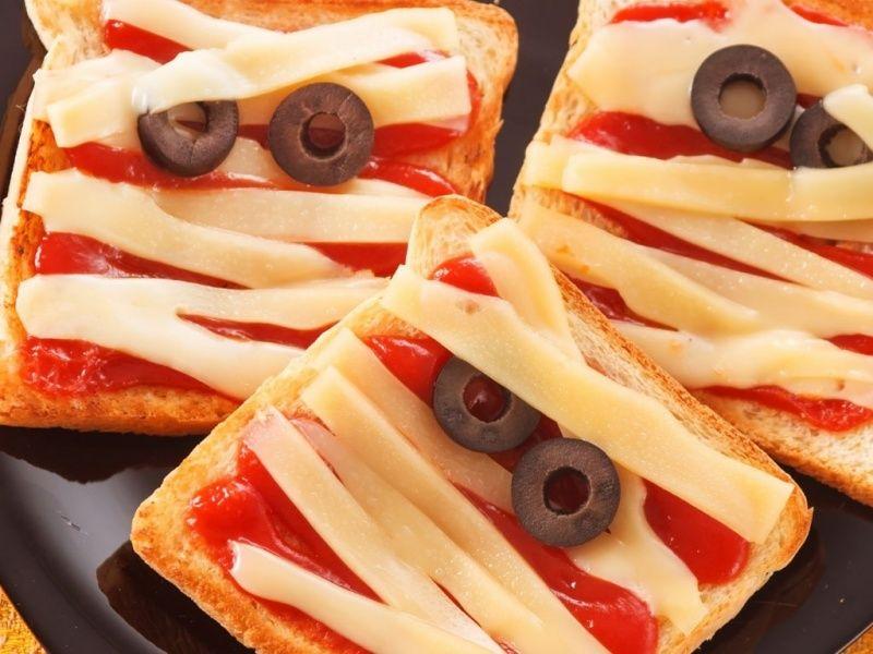 EEK! Eyeball eggs and other Halloween savoury snack ideas Spooky - cheap halloween food ideas