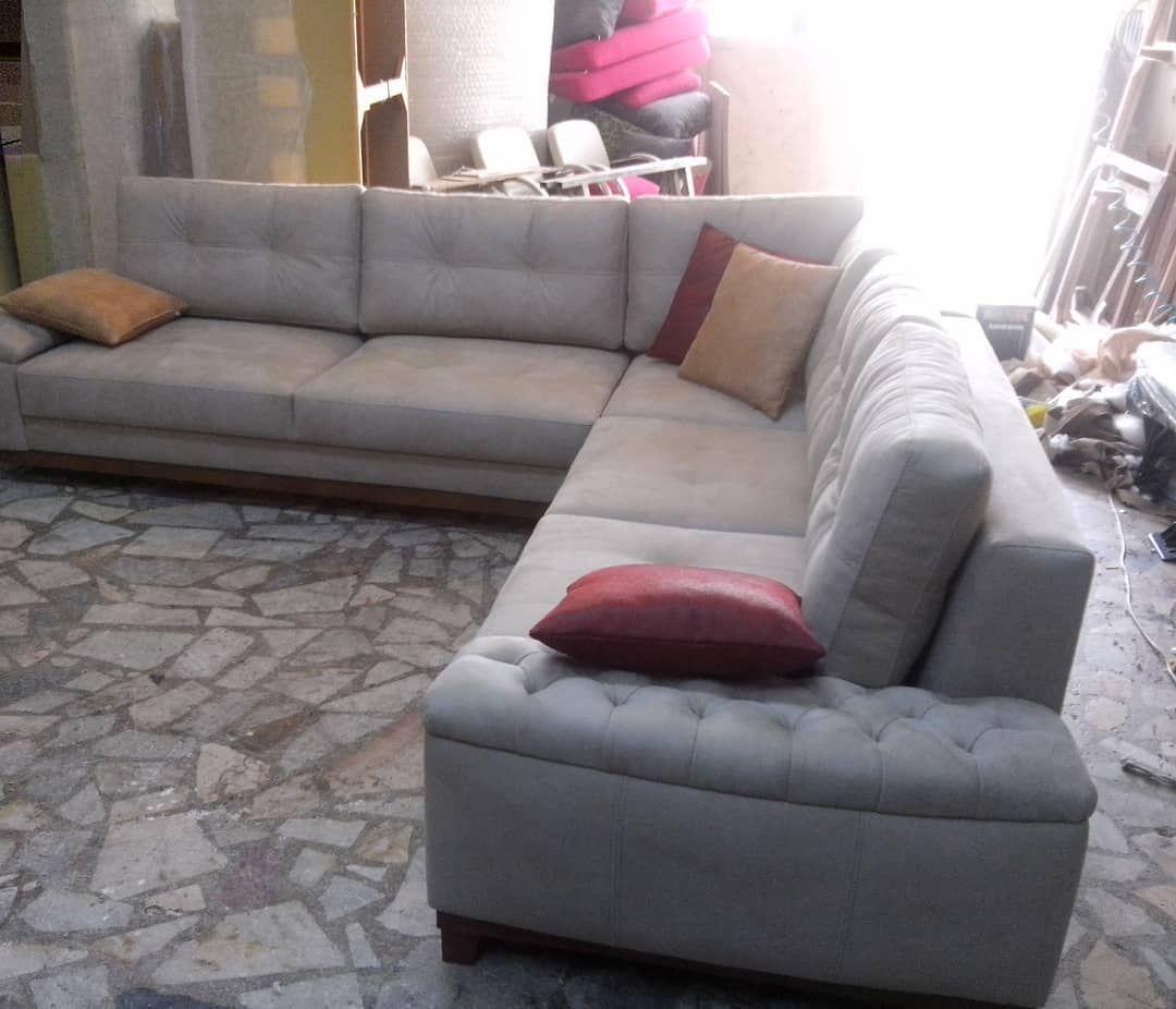 Yatakli Sandikli Kose Takimlari Wwwdeevans Net Kanepe Kumas Nubuk Kosekoltuk Modoko Icdekorasyon Boya Berjer Yatakodas In 2020 Sectional Couch Furniture Couch