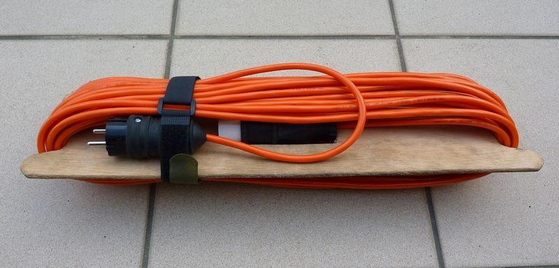 Enrouleur De Rallonge Electrique En Cyclo Camping Rallonge Electrique Electrique Energie Electrique