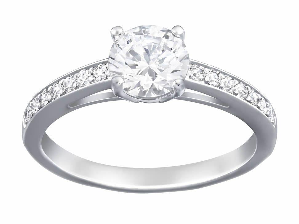 Residuos Juicio banco  Swarovsky $1,390 | Swarovski crystal rings, Swarovski jewelry, Silver rings  simple