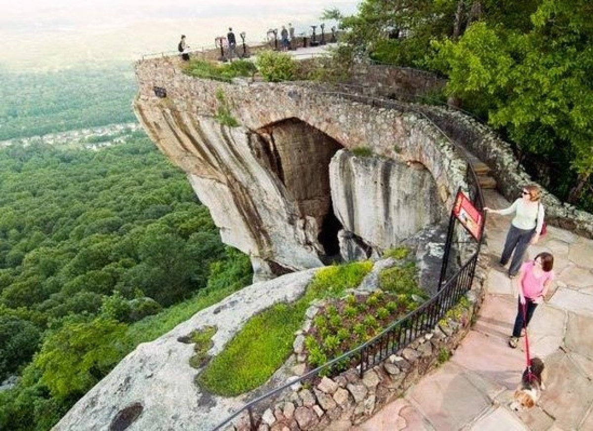 Just Six Miles From Chattanooga Tennessee This 200 Million Year Old Rock Formation Holds Plenty Of Exciting Adventu Tennessee Attractions Travel Places To Go