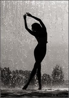 From dvd silhouette of naked women dancing