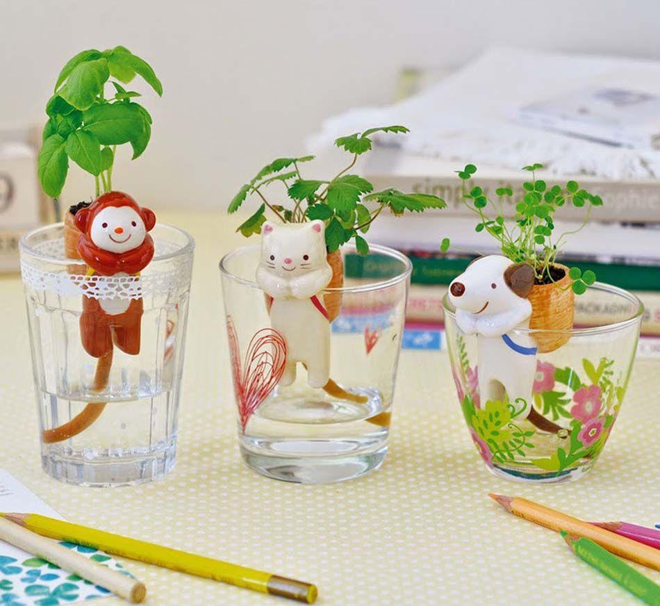 Mini pots de fleurs autoarrosantes en tant quaccessoires dco
