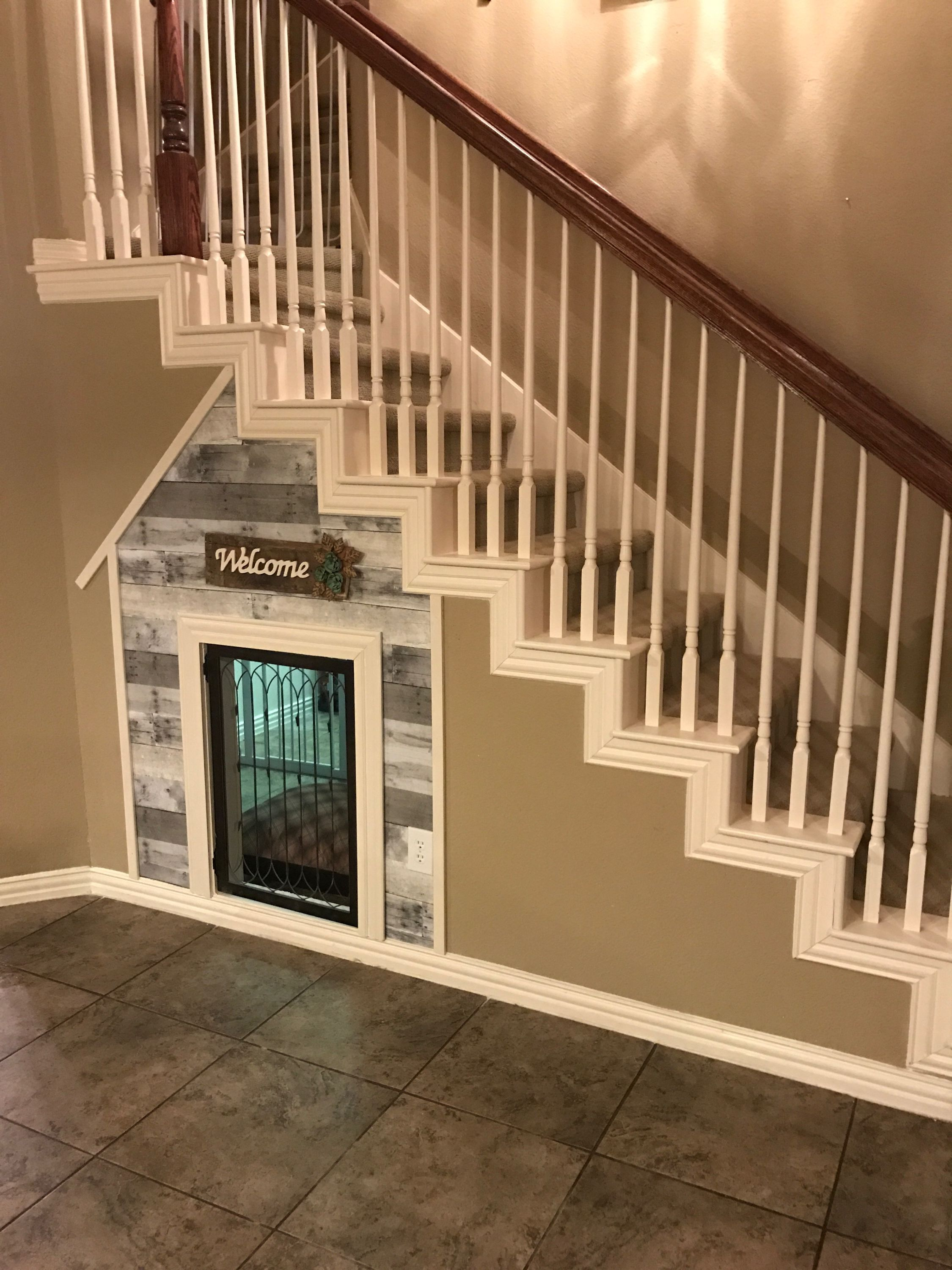 Under the stairs dog house stairway pinterest dog for Room design under stairs