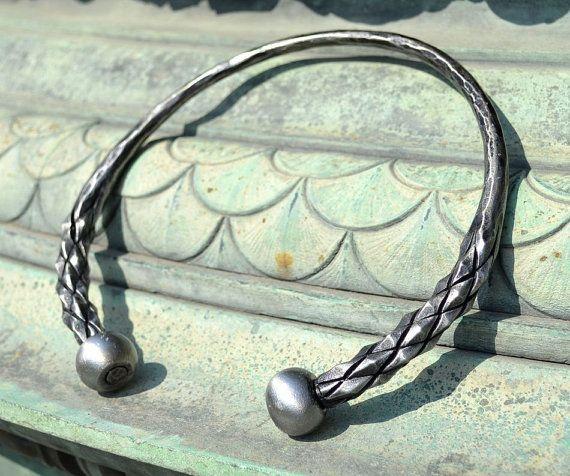 Préférence DRAGONISH main forgé Torque celtique couples de fer martelé bijoux  CQ85
