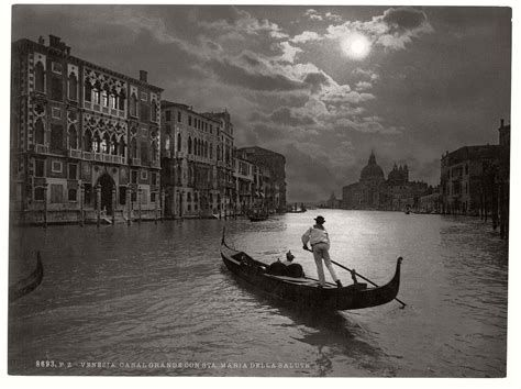 Photo of italian women black and white picture at DuckDuckGo