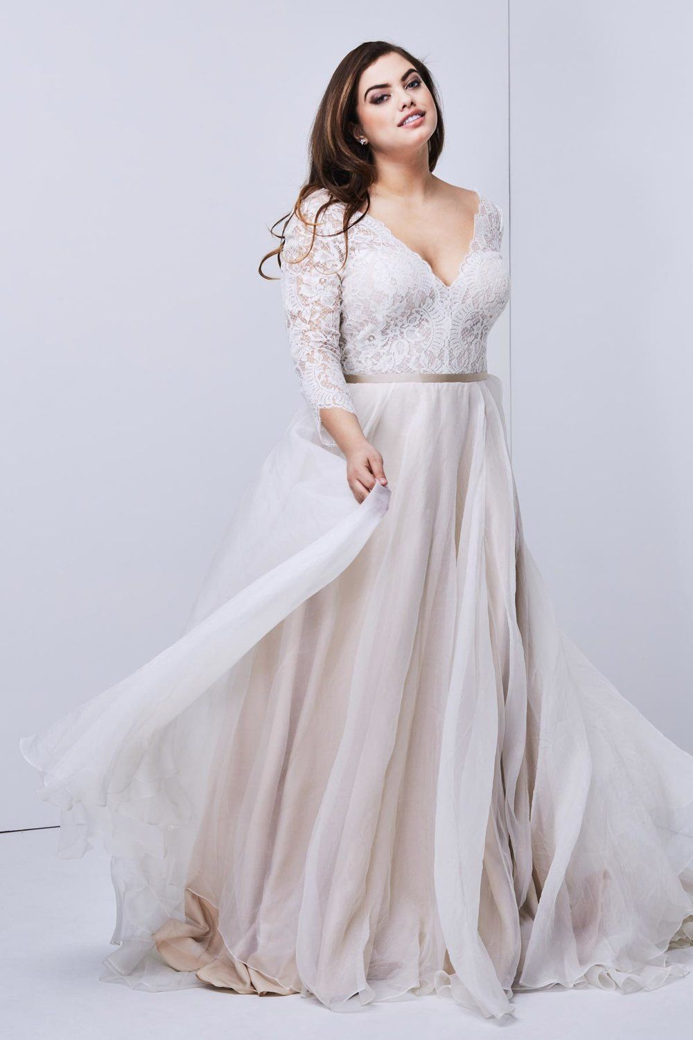 Wedding dress for your body   Designer PlusSize Wedding Dresses That Prove Your Body is