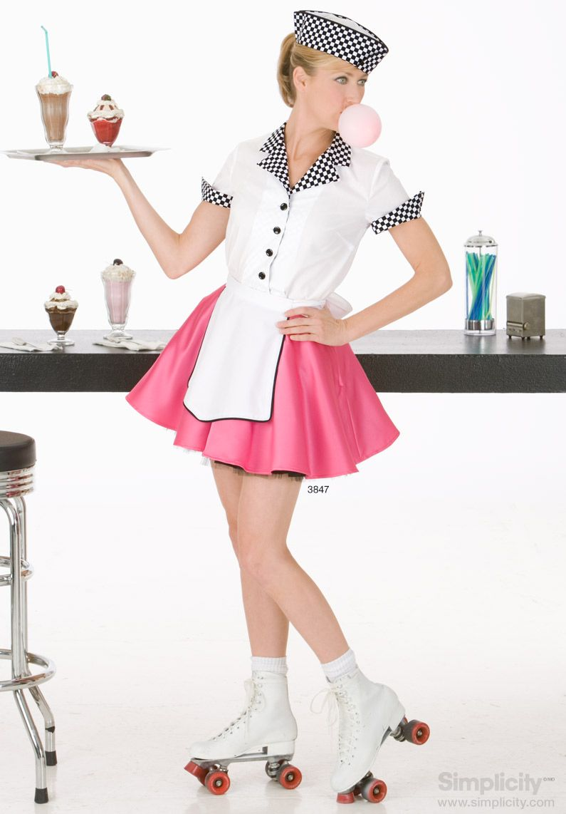 Take a trip back to a time of sock hops and milkshakes with this pretty and pink 50s costume by #SimplicityPatterns #Halloween