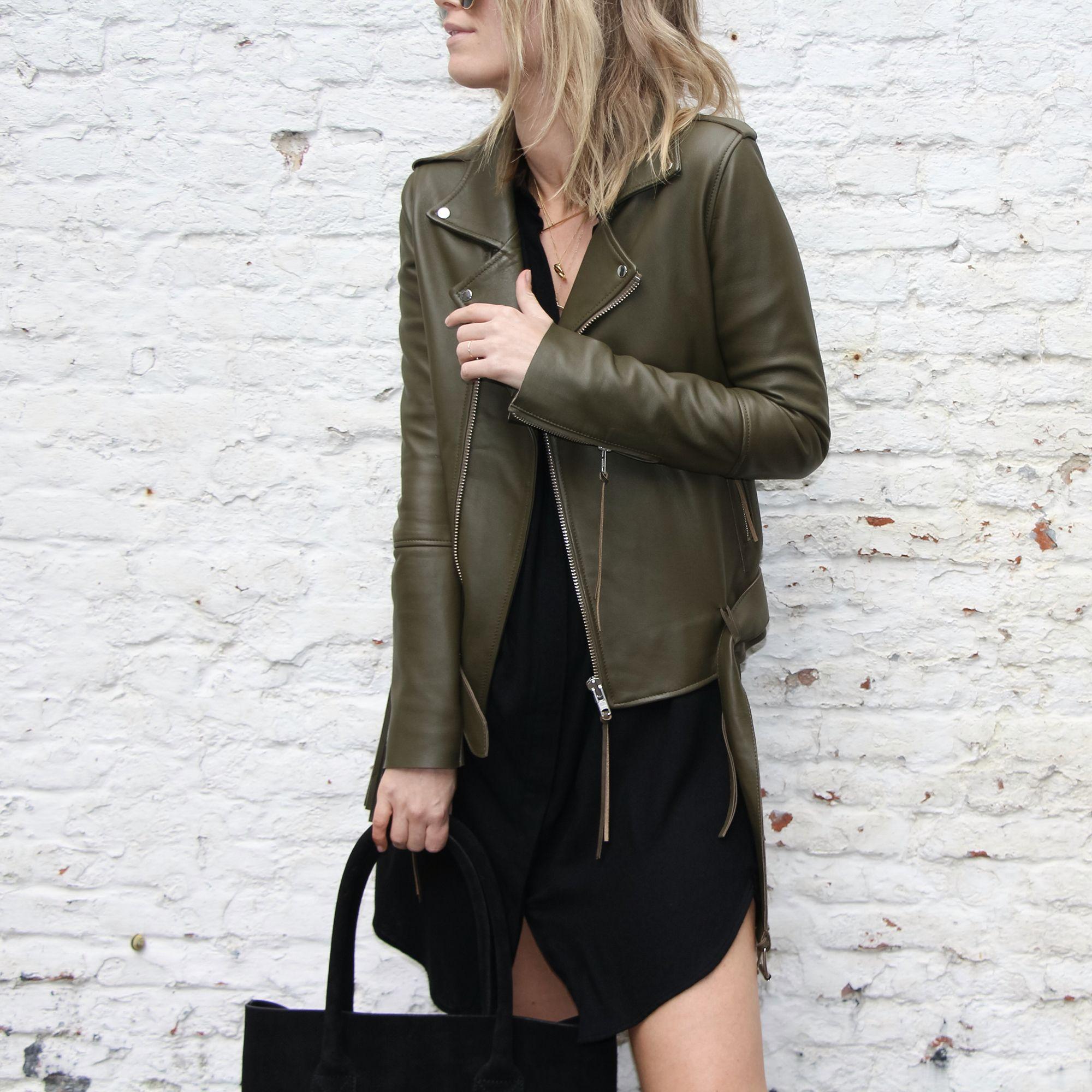 Damoy Minimal Chic Www Damoyantwerp Com Fashion Green Leather Jackets Fashion Outfits [ 2000 x 2000 Pixel ]