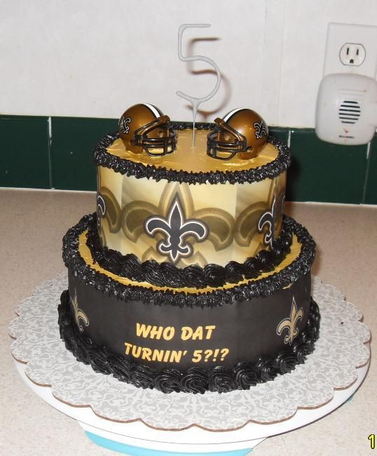 New Orleans Saints Cake Omg How Awesome Is This Ornaments