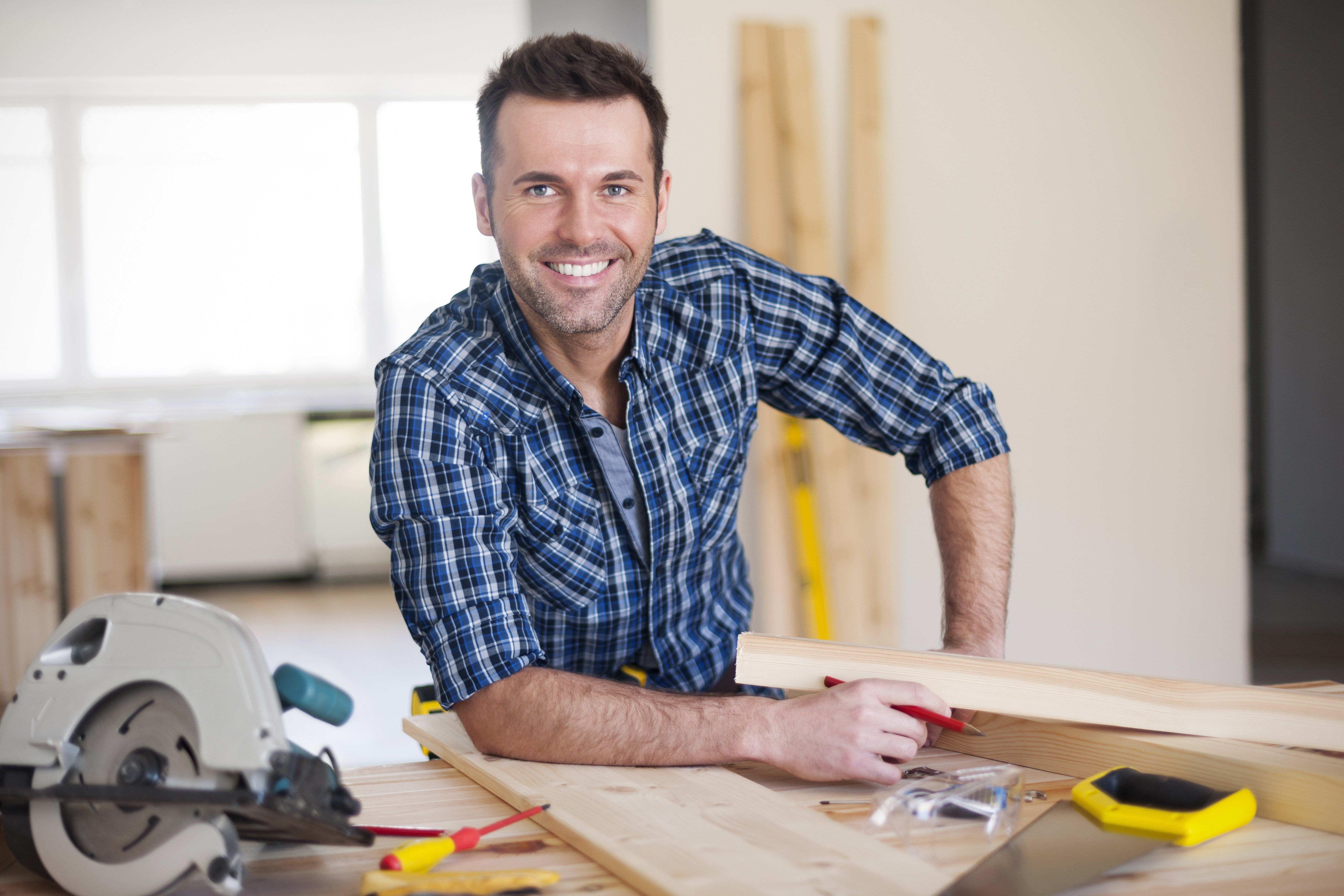 11 Tips For Hiring A Home Improvement Contractor You Can Trust Home Improvement Contractors Contractors Home Window Repair