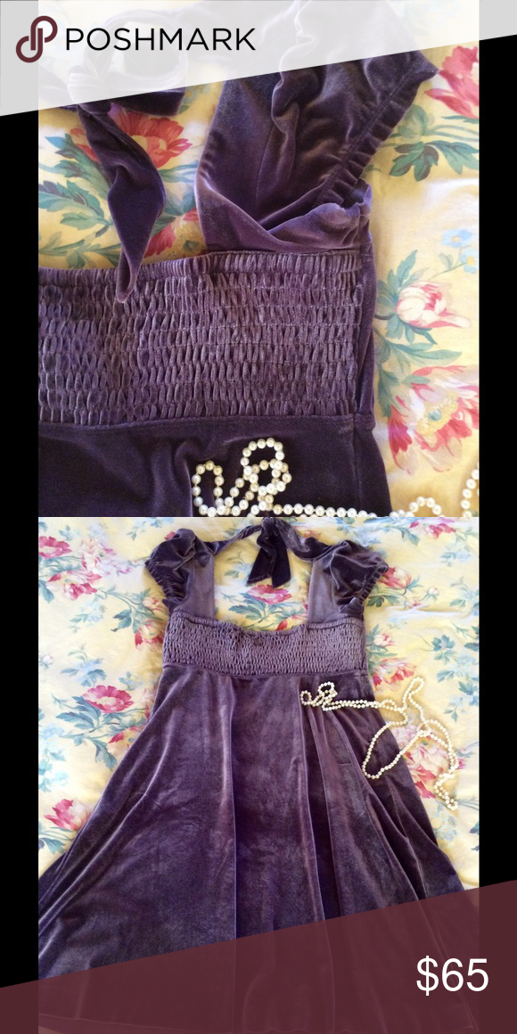 💜🍇✨Velvet Free People Dress ✨🍇💜 🙀💜Beautiful soft velvet romantic boho dress with cap sleeves and smocked bodice 🎀 empire waist and ties at the neck 💜NWOT Free People Dresses Mini