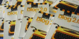 Video Corso Blogger: Come si fa un blog 2.0? Scoprilo leggendo questo articolo pubblicato sul blog: http://videocorsoblogger.blogspot.it/2011/01/come-si-fa-un-blog-20.html
