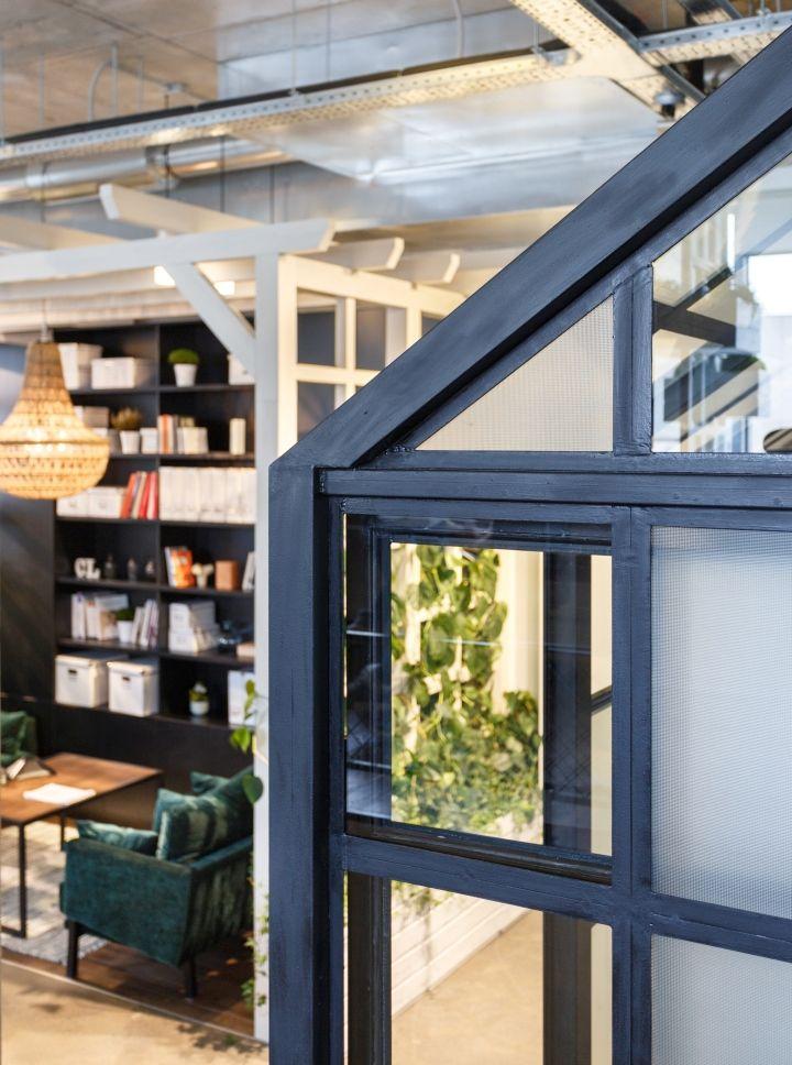 circle line interiors office dnepropetrovsk ukraine retail