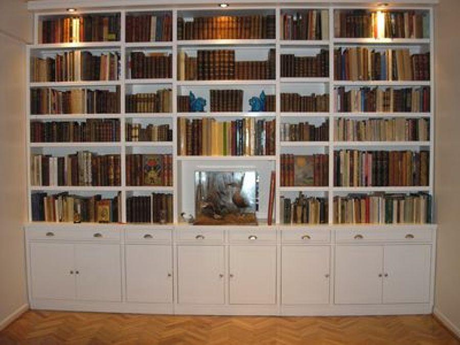 Biblioteca blanca con chimenea buscar con google - Biblioteca madera blanca ...