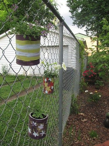 5 Ways To Decorate A Chain Link Fence Chain Link Fence Fence