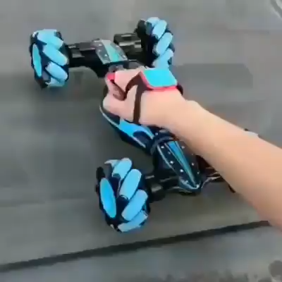 This omnidirectional movement is based on the principle of a central wheel with a number of axles located around the wheel that converts part of the wheel steering force to a wheel normal force. Double-sided drive design: because the car has a unique double-sided design, it can be flipped and driven on both sides. Even if you encounter obstacles, you can continue driving while hitting the wall and turning over.