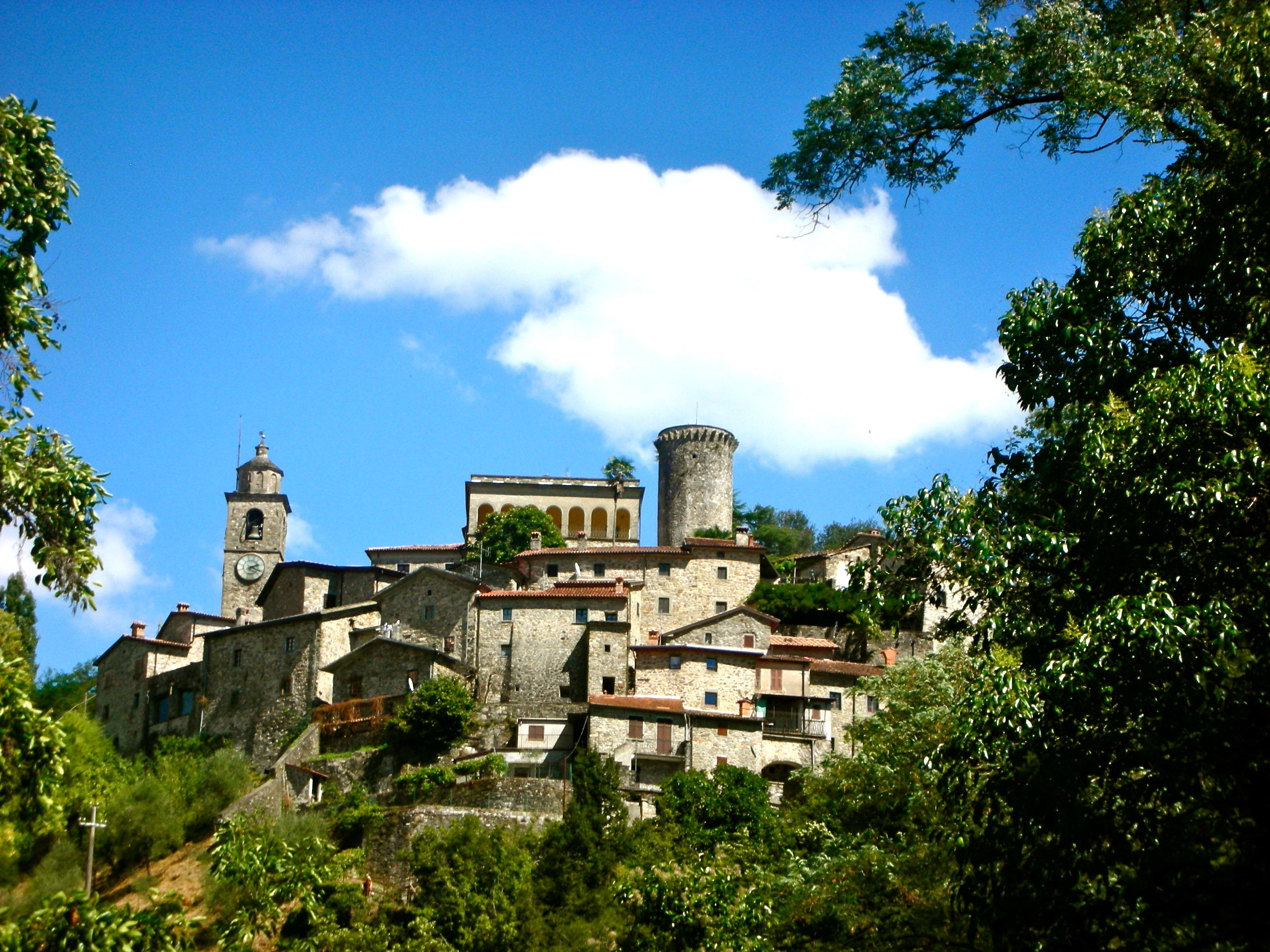 Bagnone Italy House Styles Mansions