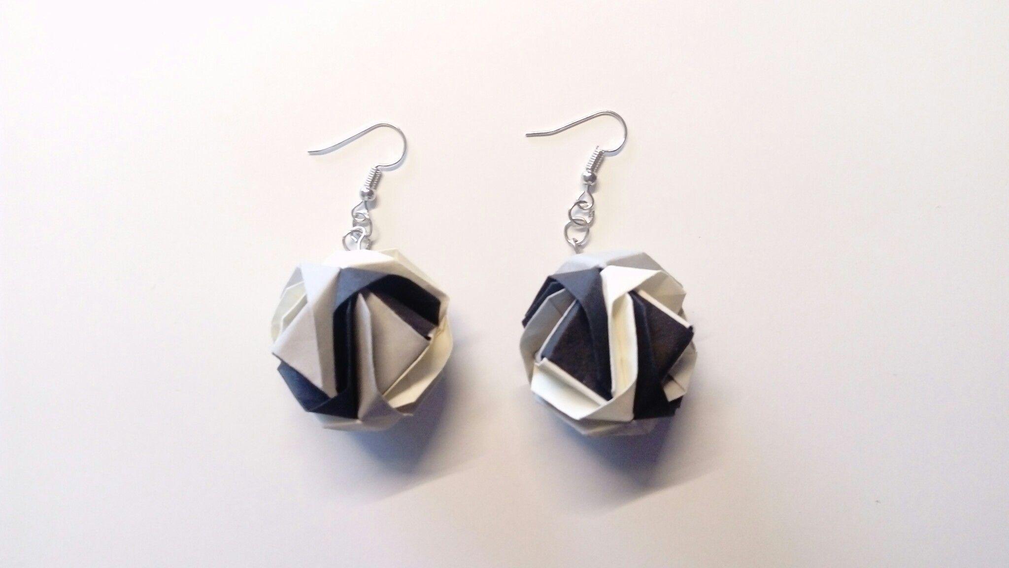 Zwart-wit-grijze origami oorbellen: Japanse Brocade