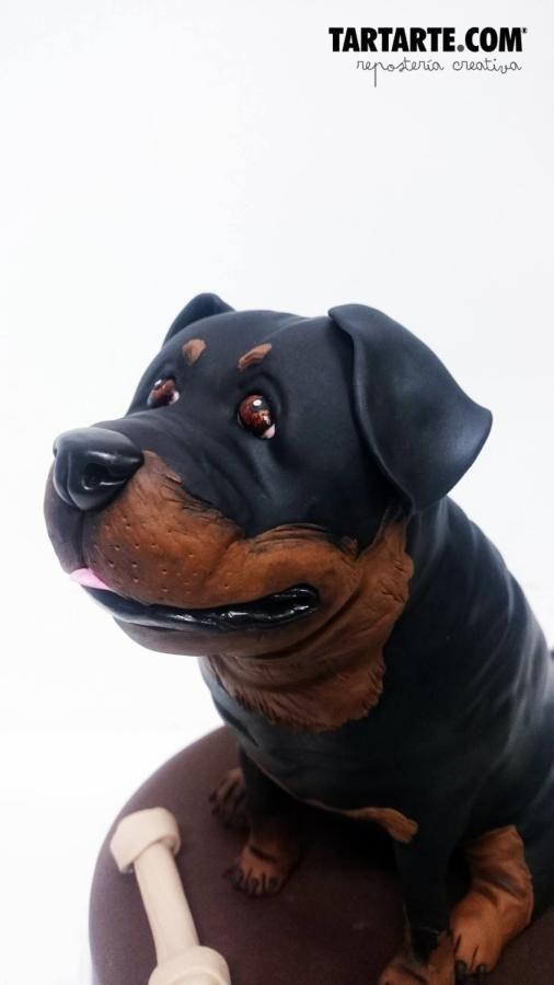 Rottweiler Cake By Tartarte Puppy Dog Cakes Dog Cakes Animal Cakes