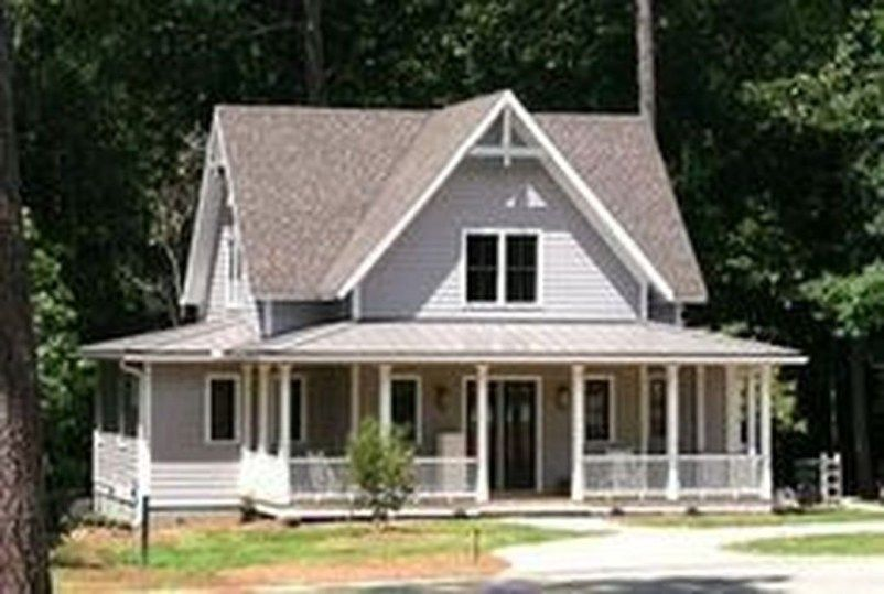 34 Inspiring Small Farmhouse Design Ideas To Style Up Your Home Small Farmhouse Plans House Plans Farmhouse Southern Living House Plans