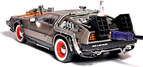 Flash Rods Cram 500GB Inside A DeLorean
