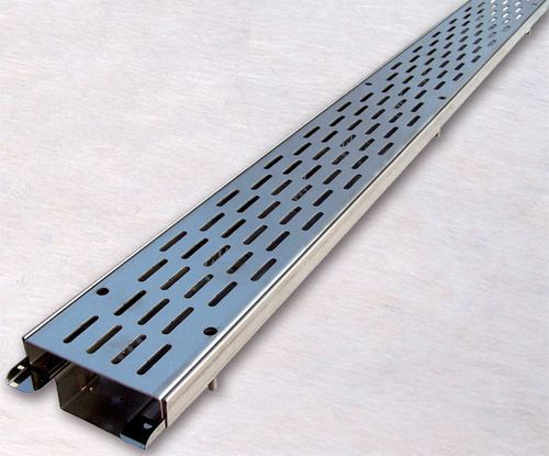 Drain Channel With Grating For Green Roofs Drainage Btr Zinco Green Roof Green Roof Benefits Metal Roof