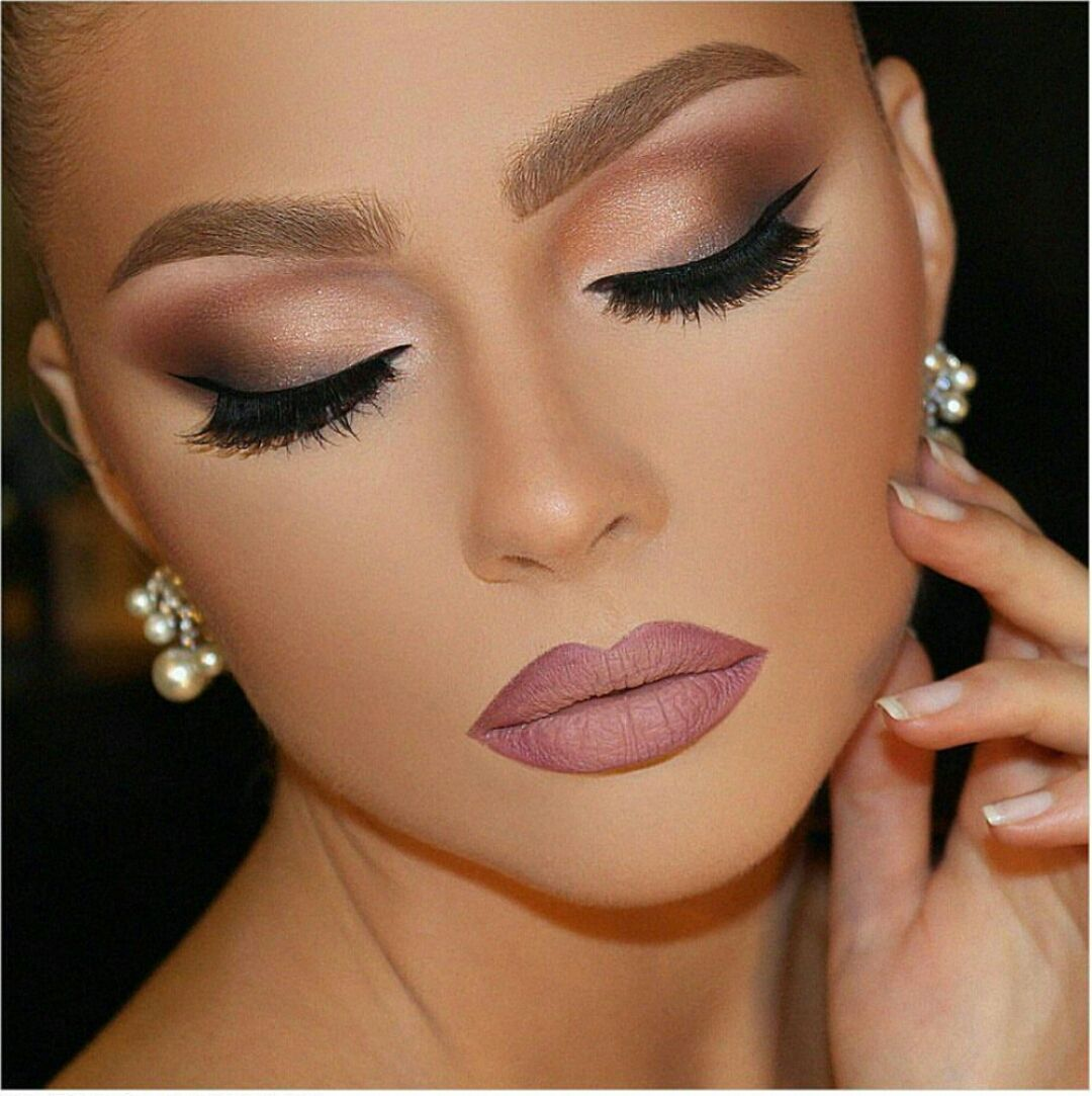 Fashion Glamour Style Luxury Photo Eye Makeup Bridal Makeup Natural Wedding Makeup