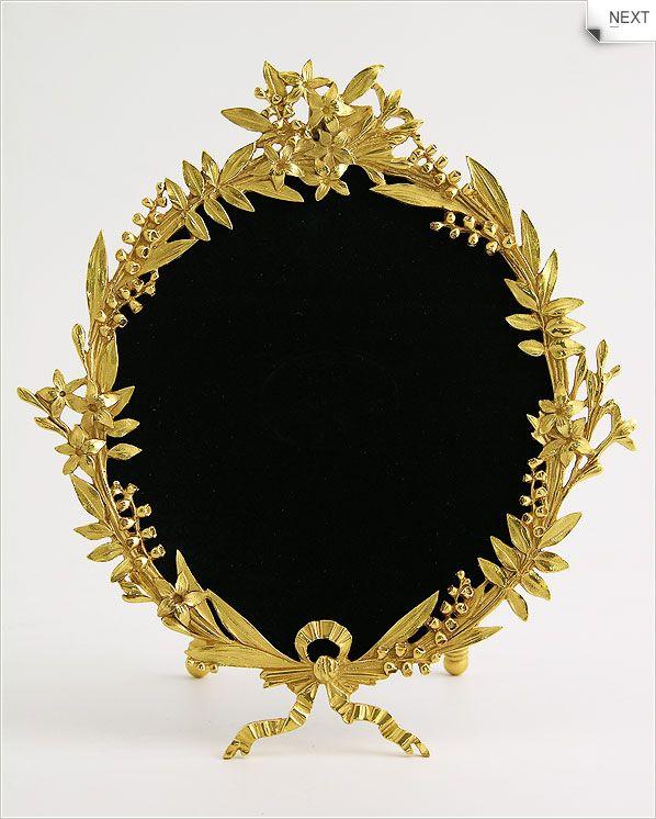pics for round golden frame