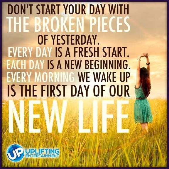 30 Daily Inspirational Quotes To Start Your Day: Wake Up To A Brand New Start To Life