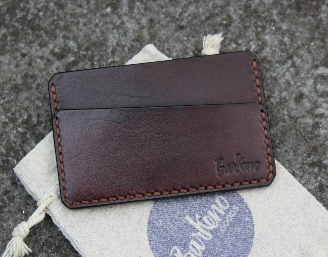 Latest order! Cardholder in dark brown with coffee thread