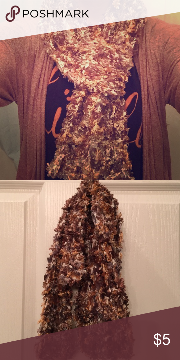 Fall scarf Soft and cozy and perfect for fall! Accessories Scarves & Wraps