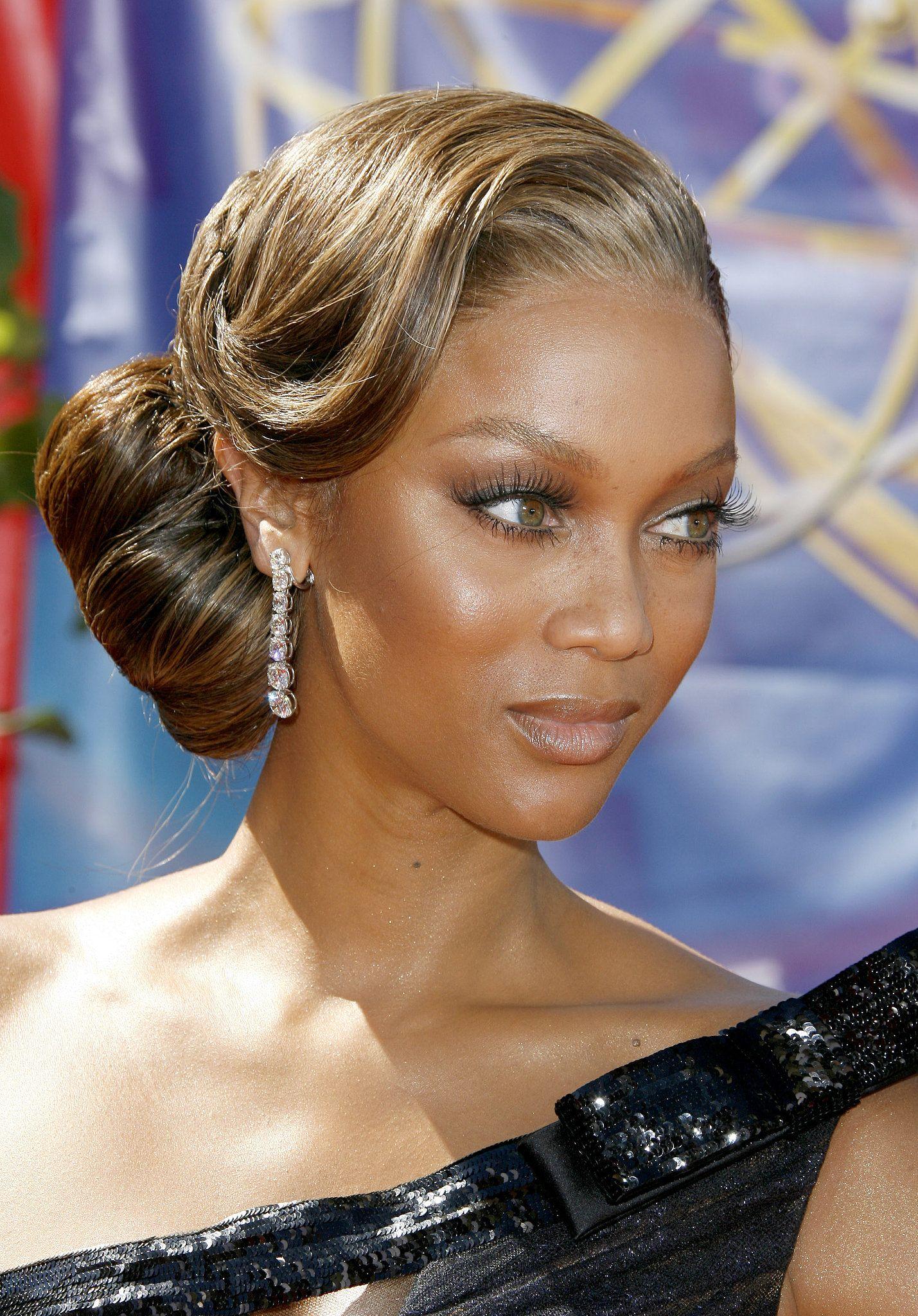 Tyra Banks 2006 I Love Weddings Pinterest Tyra Bank Updo And