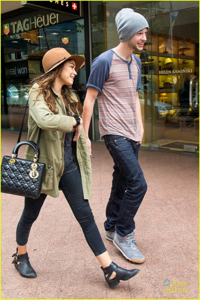 matt prokop and sarah hyland abuse